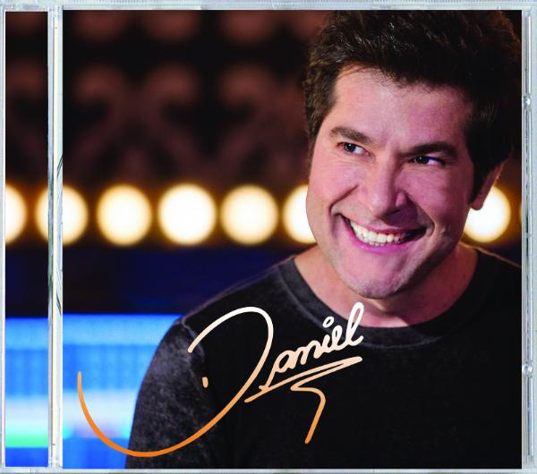 Cantor-Daniel-lança-novo-CD-pop-romântico-Clube-das-Comadres-3